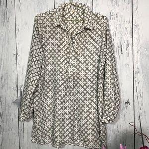 Pleione Black/White Chain Print Long Sleeve Tunic